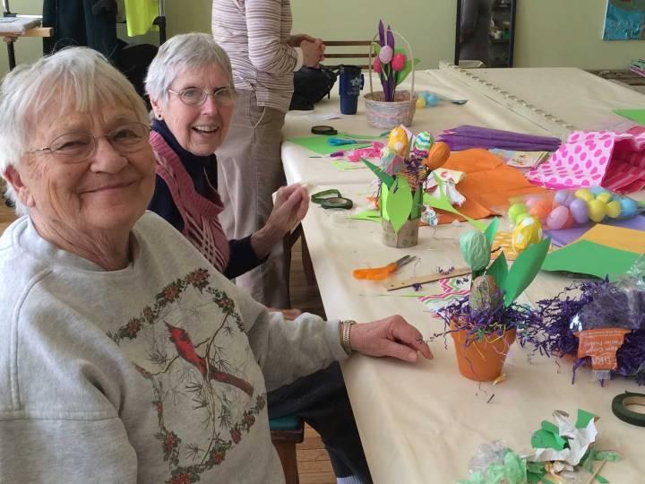 seniors-crafting-spring-2014